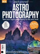 Teach Yourself Astrophotography – 5th Edition – November 2020